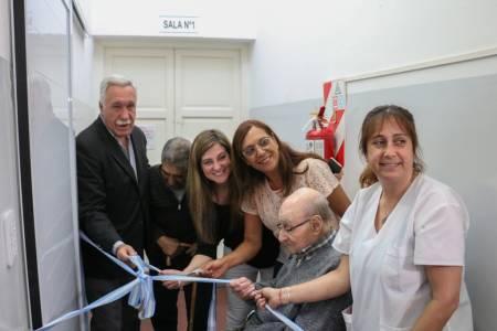 El intendente recorrió los nuevos sanitarios del Hogar de Ancianos Domingo Goñi