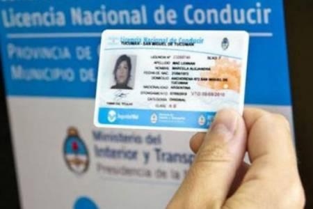 Atención: se suspende la renovación de licencias de conducir