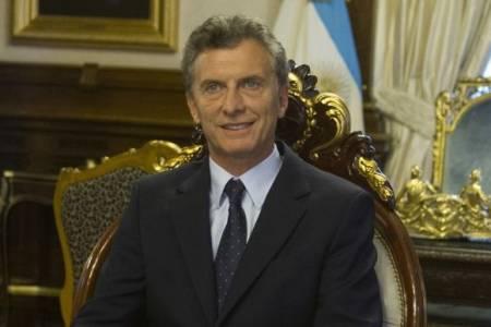 Mauricio Macri prepara una serie de medidas para evitar la recesión