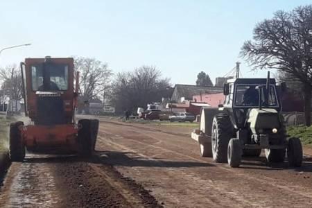 Trabajamos para los vecinos: Arreglo de calles en diversos puntos de la ciudad