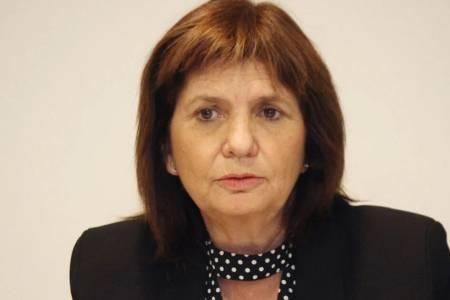 """Patricia Bullrich: """"Solidaridad con los gauchos de Coronel Suárez"""""""