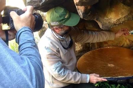 Descubrieron nuevas cuevas con pinturas rupestres en la Reserva Natural Sierras Grandes