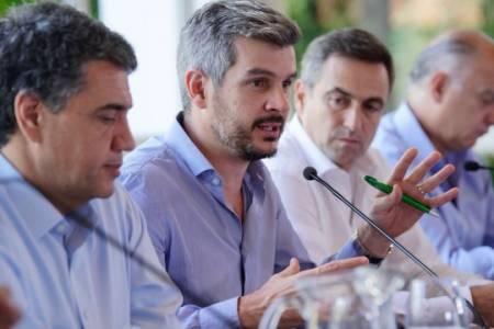 Macri le pidió a los intendentes que bajen impuestos a las empresas y se concentren en ABL