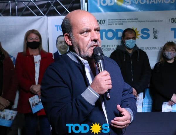 Moccero renovó el compromiso con su pueblo y solicito votar la lista completa que encabeza Néstor Carbini