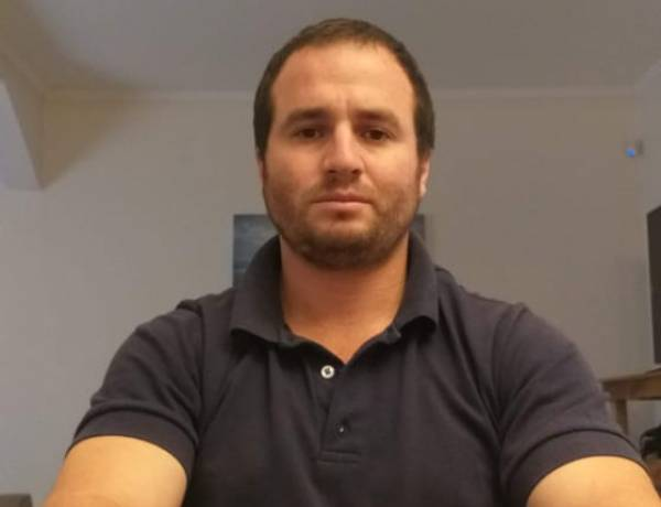 """Agustín Gallardo: """"Queremos digitalizar el equipo de radiología, que está bastante obsoleto""""."""