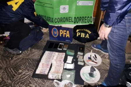 Dorrego: arrestan a un comisario retirado acusado de vender droga